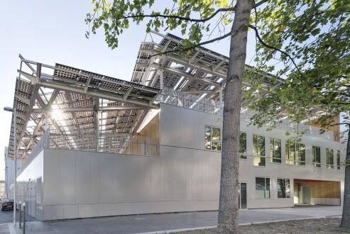 http://mikoustudio.com/wp-content/uploads/2012/09/MIKS-Zero-Energy-School_7-493x330.jpg