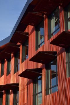 http://mikoustudio.com/wp-content/uploads/2012/10/01-miks-lurcat1-242x363.jpg