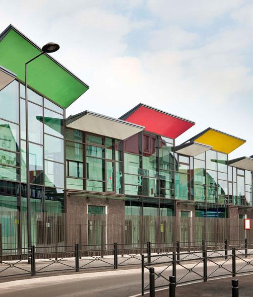 http://mikoustudio.com/wp-content/uploads/2012/11/02-bailly-vue-esplanade-entree.jpg