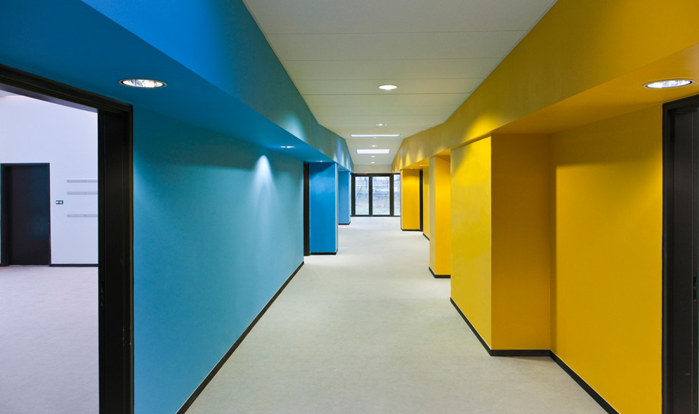 http://mikoustudio.com/wp-content/uploads/2012/11/10-bailly-vue-espace-restauration-3.jpg