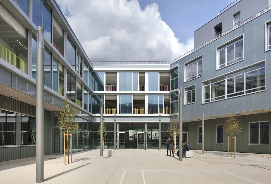http://mikoustudio.com/wp-content/uploads/2016/06/042-Lycée-Boulogne-Billancourt--881x600.jpg