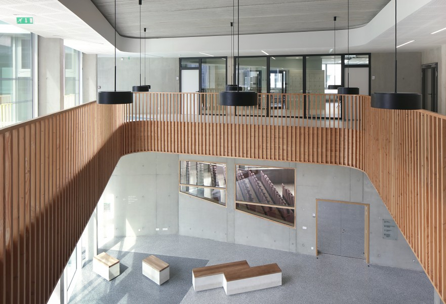http://mikoustudio.com/wp-content/uploads/2016/06/10-Lycée-Boulogne-Billancourt--881x600.jpg