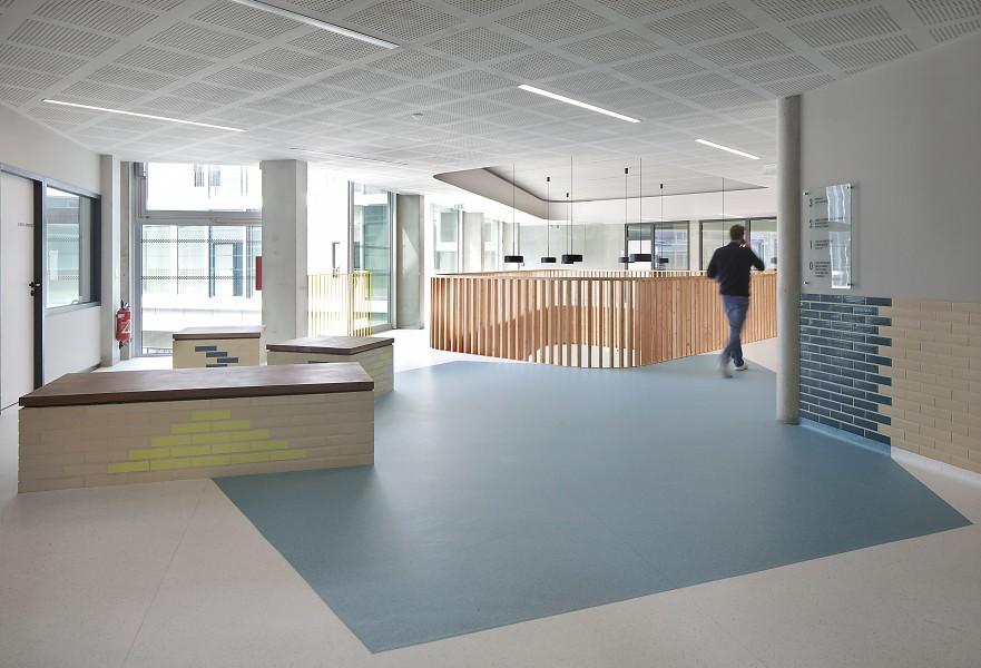 http://mikoustudio.com/wp-content/uploads/2016/06/11-Lycée-Boulogne-Billancourt--881x600.jpg